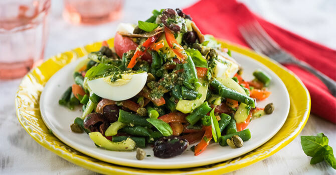 Salad Is A Great Healthy Food During Holiday Season