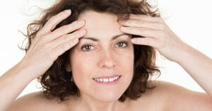 Proper Skin Care Can Help You Keep Yourself Looking Younger