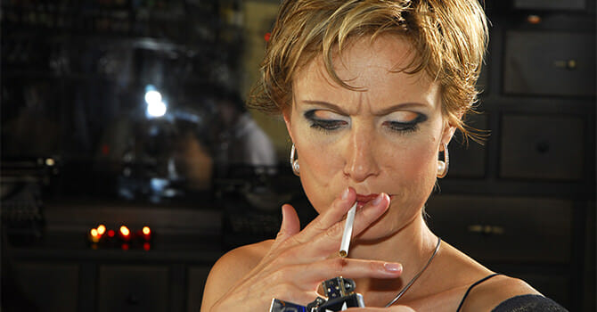Smoking Cigarettes Only Has Negative Effects