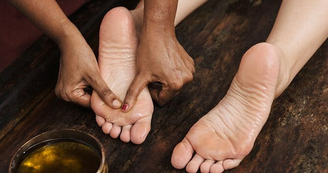 Foot Massage Helps Our Feet De-Stress