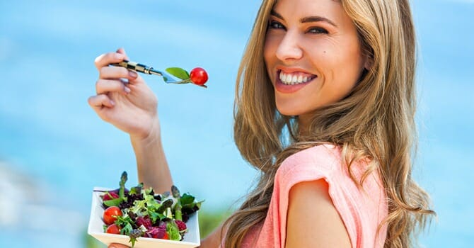 Eating Foods Rich In Antioxidants Helps Fight Aging
