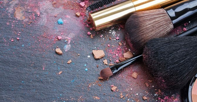 The Perfect Makeup Covers Your True Age